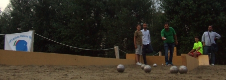 Pierguidi e Vannucci petanque in riva all'Arno