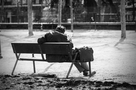 man-on-a-bench-2069539_640.jpg