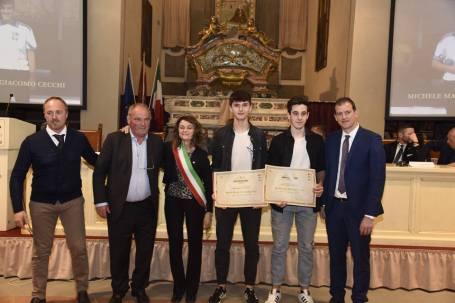 GiacomoCecchi e MicheleMazzoni premiati a Cortona 2019